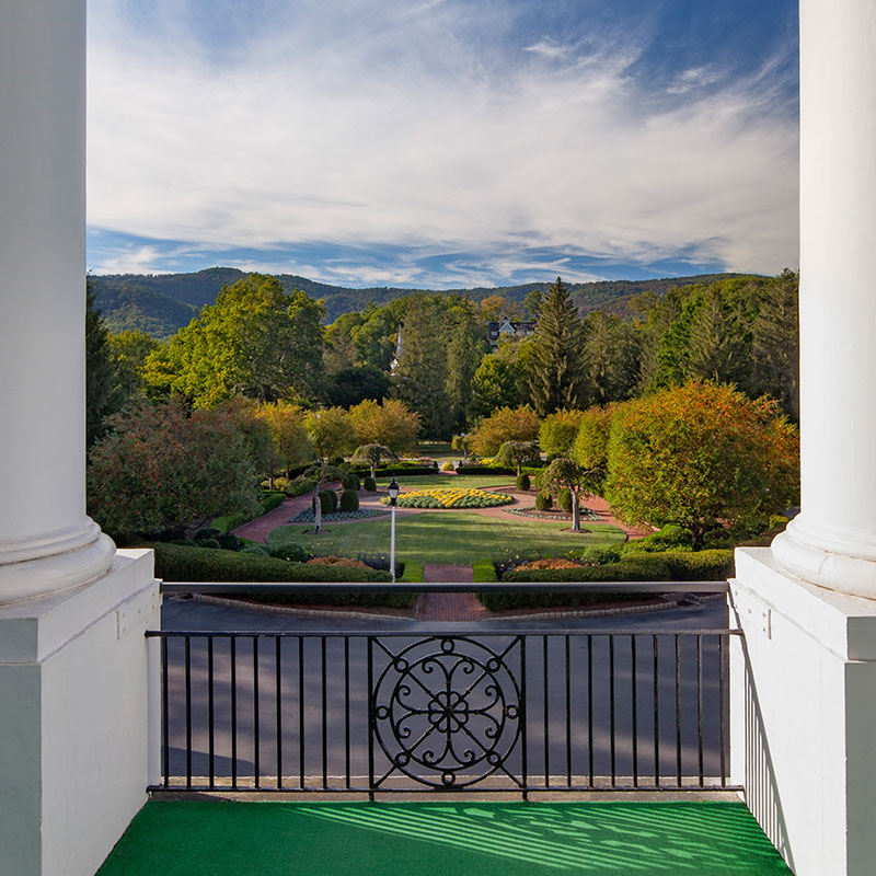 Experience<br /> The Greenbrier